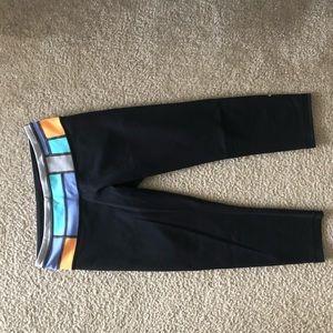 Lululemon size 6 crop leggings